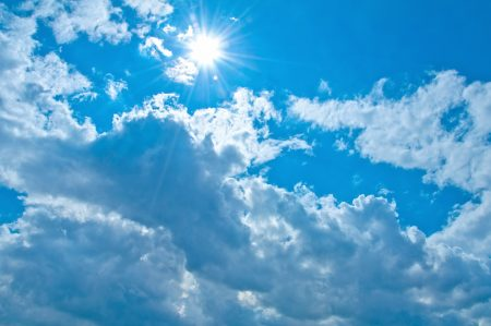 きれいな空を見てホッとする